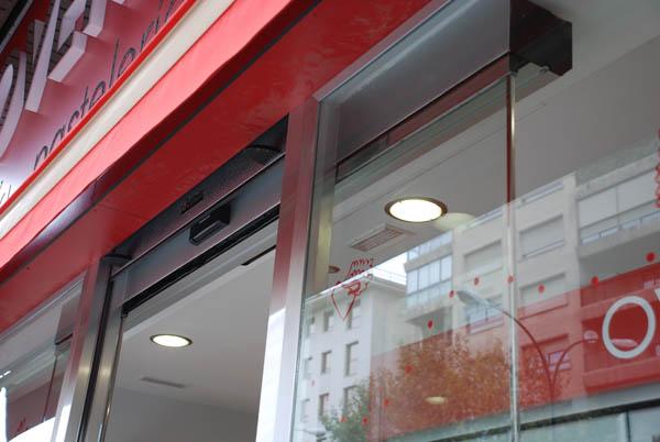 Locales comerciales: puertas automáticas