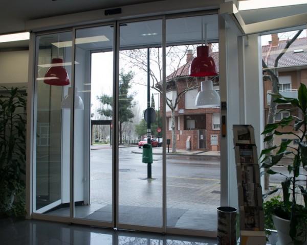PuertaautomaticadeCristal_12
